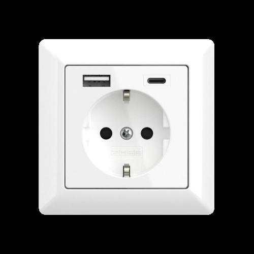 usb stopcontact glossy white